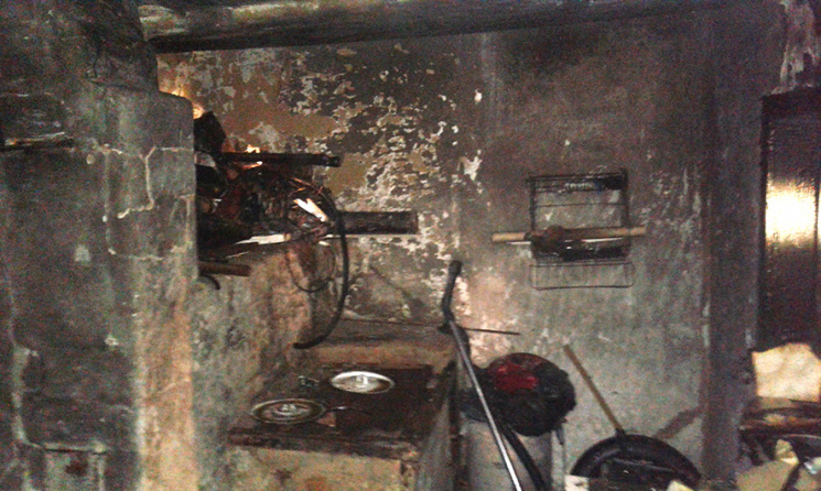 На Полтавщині пожежа знищила літню кухню в приватному домогосподарстві