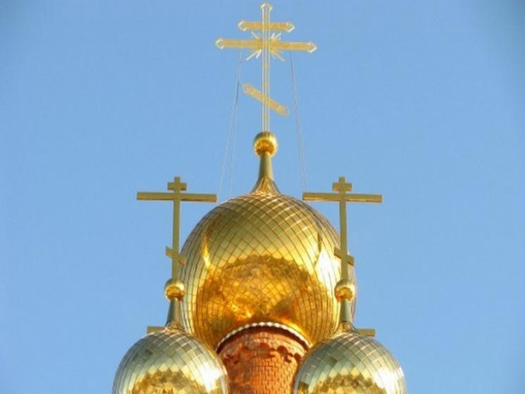 """На Хмельниччині зловмисники """"обчистили"""" церкву та вірян"""