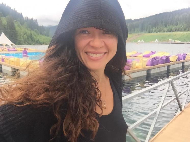 Руслана звернулася до Порошенка, занурившися у крижану воду