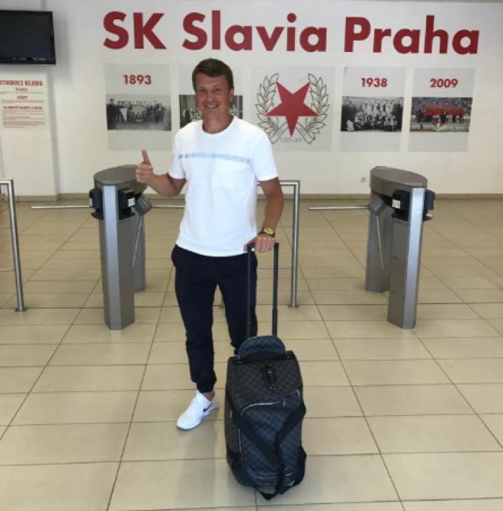 Ротань прибув до Праги