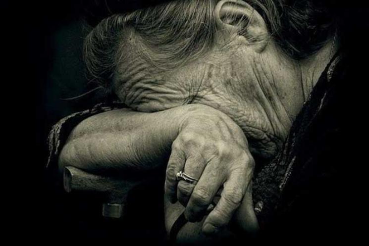 Жорстока гра: У Сумах жінка імітувала хворобу заради злочину