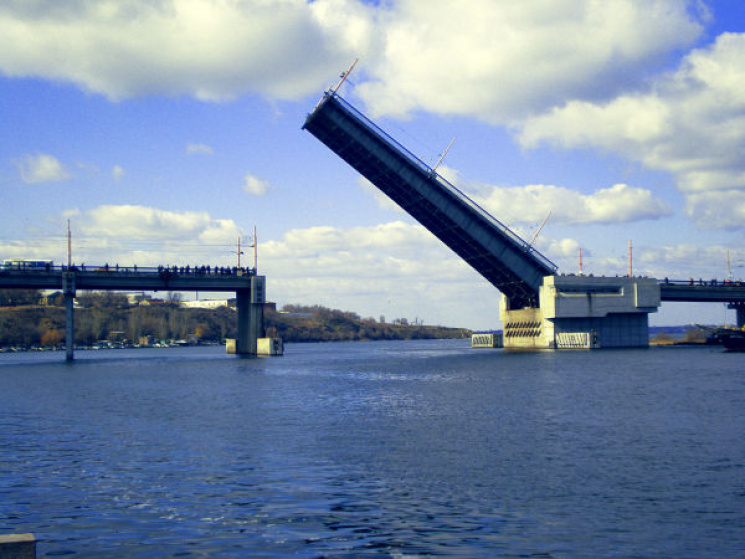 Не ходіть під мостом: У Миколаєві проведуть навчання для рятувальників