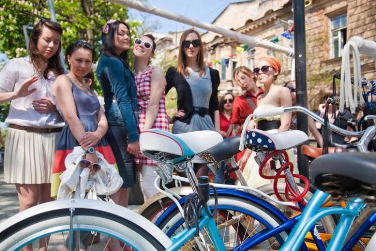 """У липні столичним вулицями """"пронесеться"""" велопарад дівчат"""