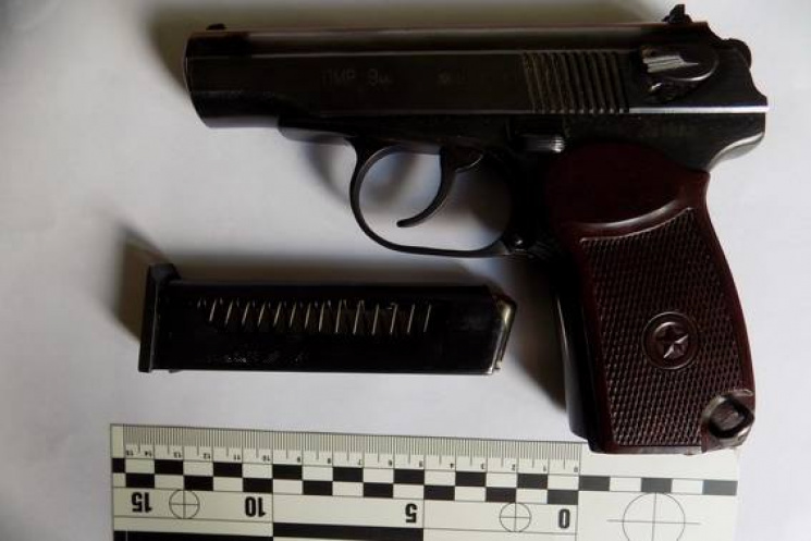 На Міжгірщині п'яний чоловік влаштував стрілянину в кафе
