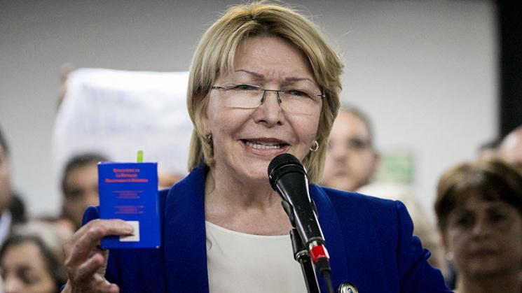 ВВенесуэле сторонники президента попытались пробиться впарламент