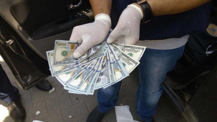 Районного чиновника вЗапорізькій області зловили навеликому хабарі