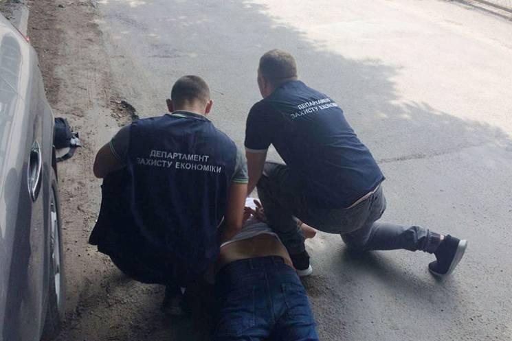 На Тернопольщине руководитель медучрежде…