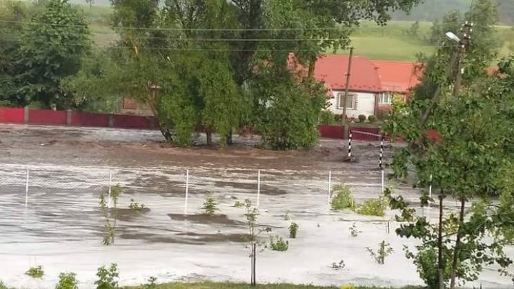 На Тернопольщине непогода затопила райце…