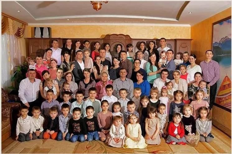 На Виннитчине живет женщина, которая имеет 78 детей, внуков и правнуков