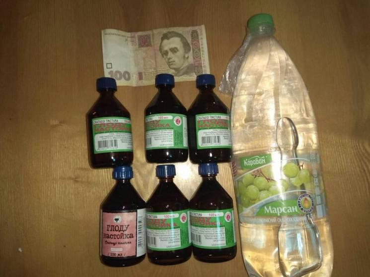 До Хмельницького СІЗО намагалися передати алкоголь, гроші та спиртові настоянки