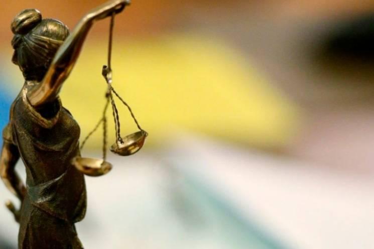 Вісім років за ґратами проведе житель Хмельниччини, що ледь не вбив людину