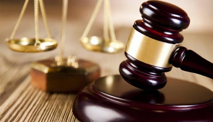 Скандальну справу хмельницьких активістів-здирників повернули прокурору