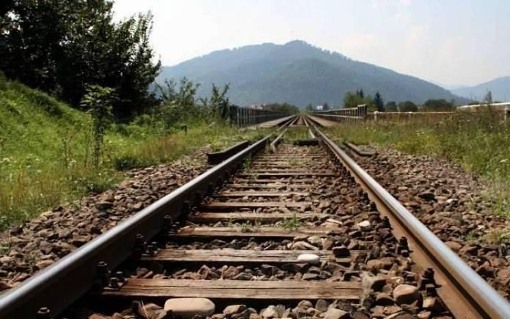 У Тернополі наркоман розібрав залізничну колію, аби заробити собі на дозу
