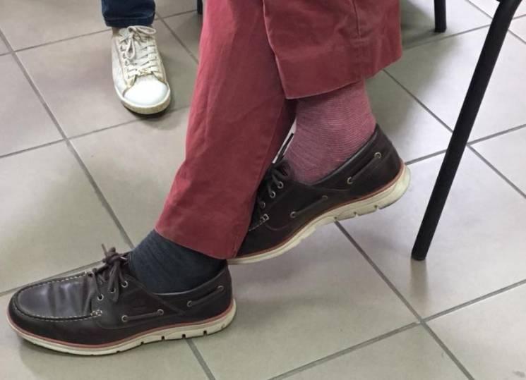 В Сети обсуждают разные носки наблюдателя ОБСЕ: Говорили же – они ничего не видят
