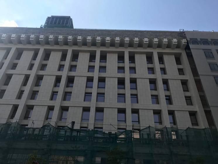 Будинок профспілок у Києві: Як виглядає фасад багатостраждальної будівлі (ФОТО)