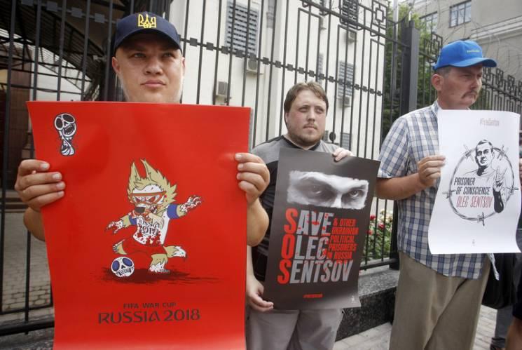 Хто бойкотує Путіна і його пропагандистський чемпіонат світу з футболу