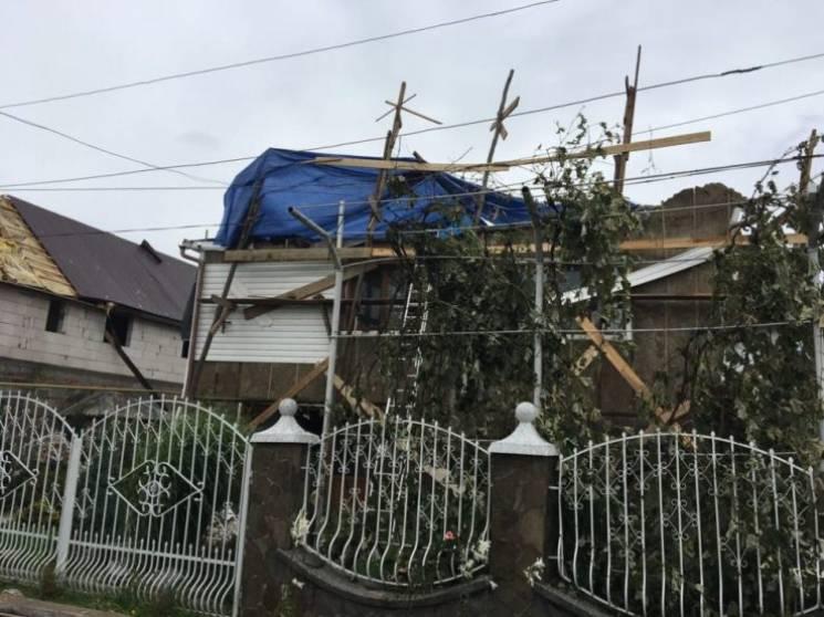 На Закарпатті підраховують завдані буревієм і градобоєм збитки (ФОТО)