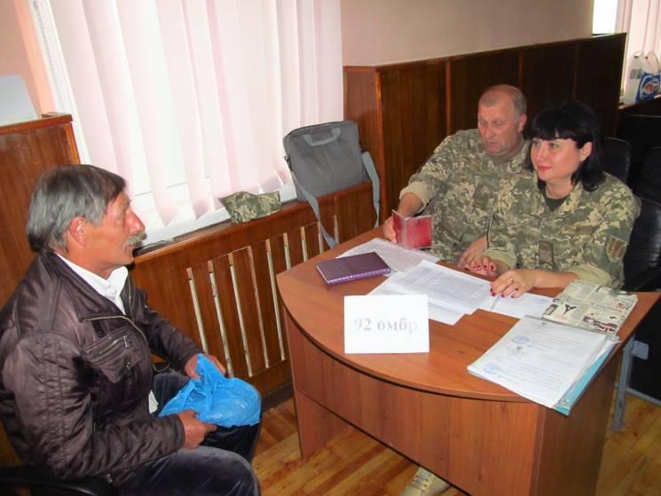 Харківщина відправила в армію 800 контрактників