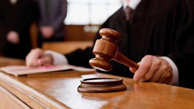 На Хмельниччині засудили чоловіка, що накупив харчів за підробні гроші