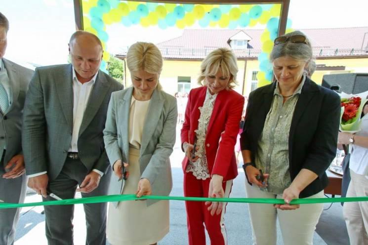 На Харківщині відкрили лікарню, яка чекала комплексного ремонту 100 років, - Світлична (ФОТО)