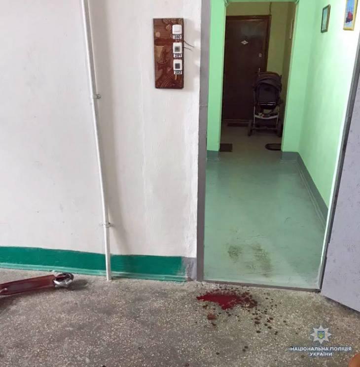 У Хмельницькому з ножем напали на дев'ятирічну дитину