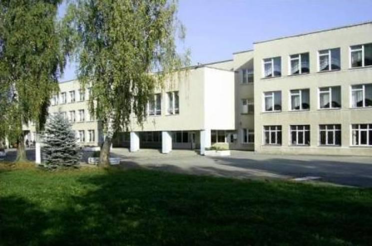 Потужна злива у Віньківцях затопила школу