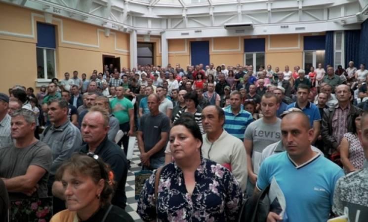 На Закарпатті угорський фонд, рахунки якого заблокувала СБУ, підписав нові угоди