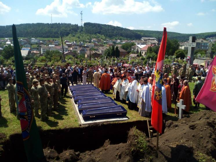 На Тернопольщине перезахоронили останки…