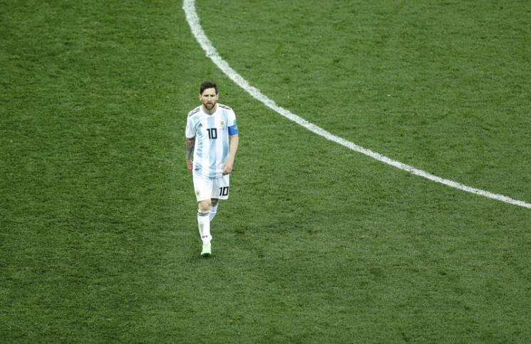 Найяскравіші фото і факти з ганебного матчу Мессі та збірної Аргентини в Нижньому Новгороді