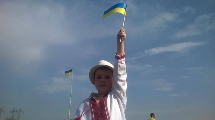 Патріотичний екскурс, українські пісні, майданівська експозиція: Де святкувати День Конституції у Запоріжжі