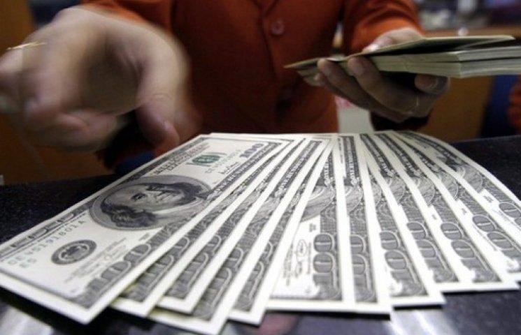 НБУ продлил запрет на продажу валюты более чем на 3 тыс. грн в день