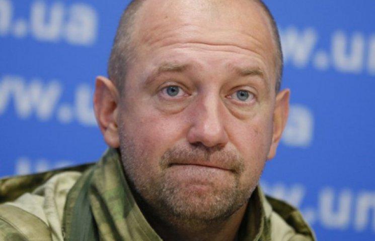 Нардепы отказались наказывать Мельничука за вчерашнюю драку в Раде