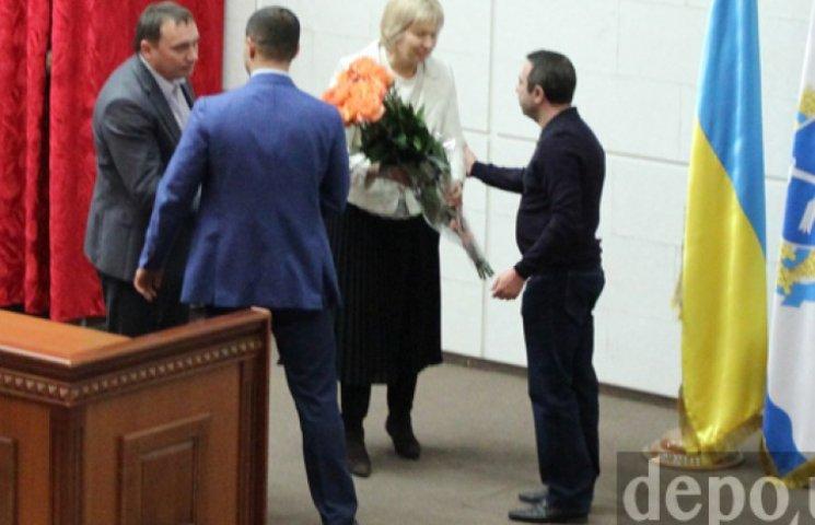 Днепропетровские депутаты под анекдот от Корбана избрали секретарем горсовета женщину