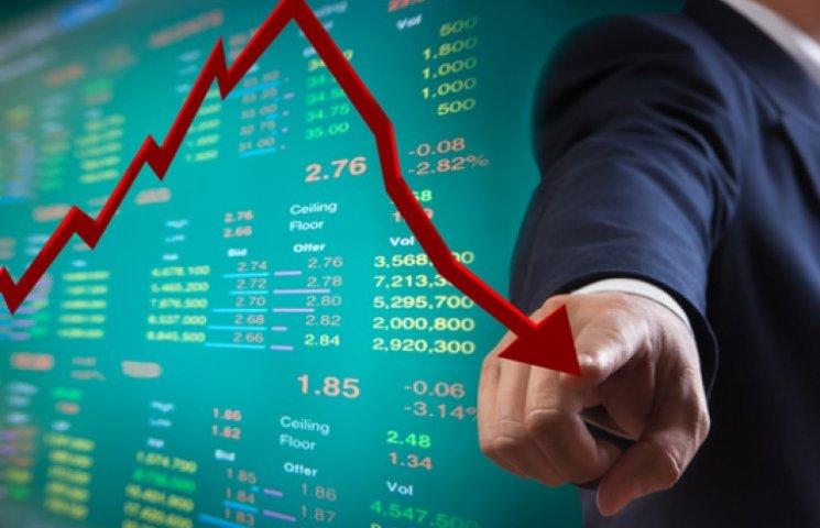Кабмин: экономика может упасть еще на 12%