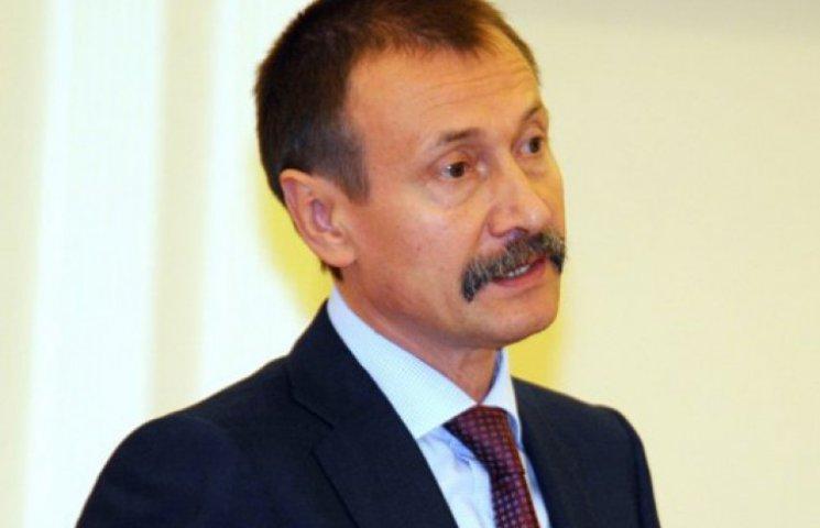 Екс-губернатор Буковини Папієв зловживав владою на виборах-2012 - прокурор