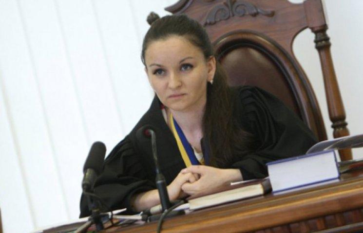 Суддя Царевич придумала, як скасувати рішення Верховної Ради?