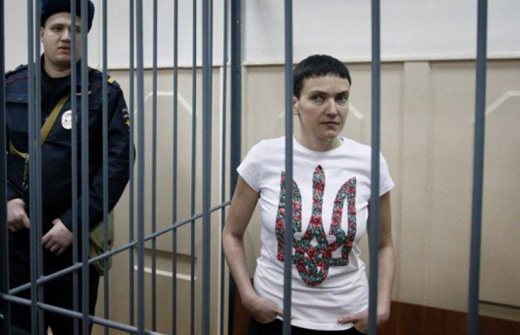 К Савченко до сих пор не пускают украинских врачей