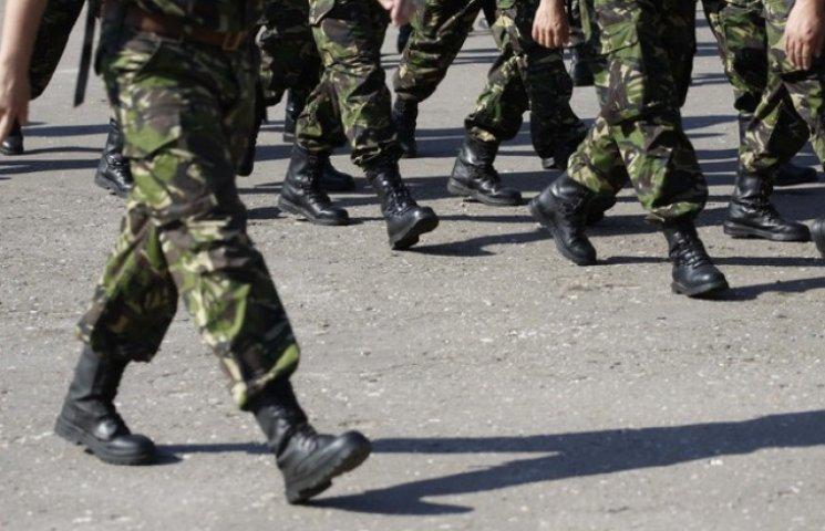 Нардеп объяснил, кто первым уйдет воевать в случае объявления военного положения