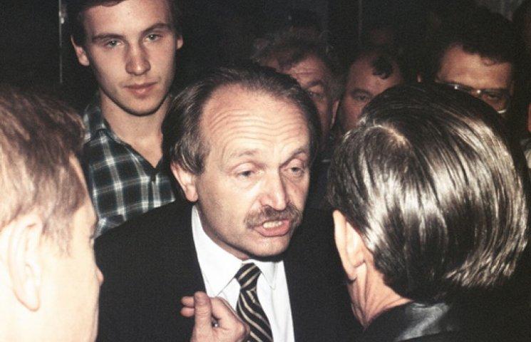 16 років без Чорновола: Як жив і помер відомий політик (ФОТО)