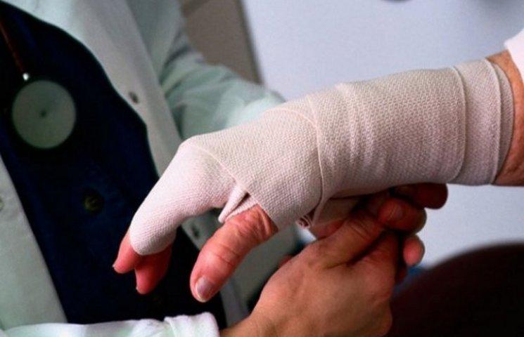 В минулому році на підприємствах Хмельниччини травмувалося 100 осіб