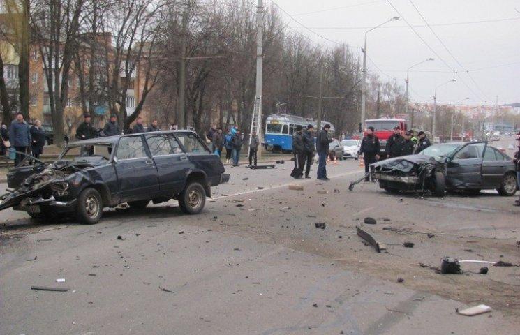 У Вінниці на Пирогова сталась смертельна аварія