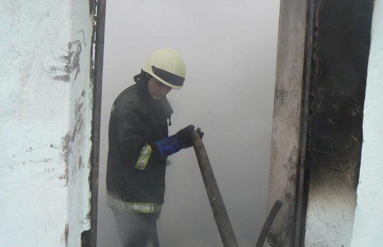 На Хмельниччині згоріло двоє людей