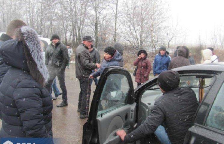 На Тернопільщині на акції протесту машина наїхала на пенсіонера