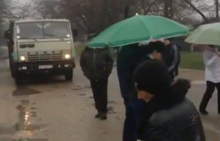 На Миколаївщині перекрили ще одну дорогу