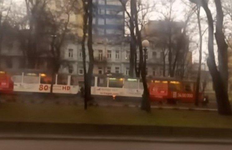 В центрі Дніпропетровська на ходу загорівся трамвай