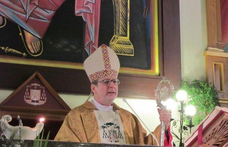Посланець Папи Римського омив у Запоріжжі ноги дванадцяти чоловікам