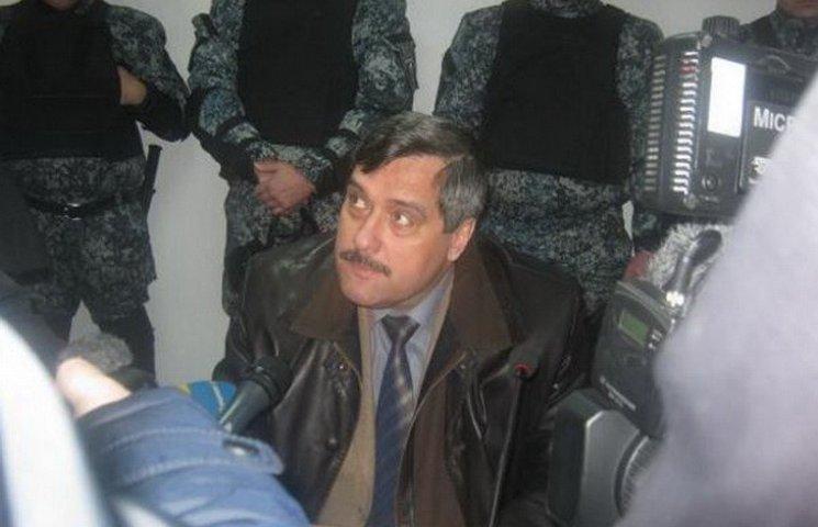 """Обвинувачуваний у смерті десантників генерал Генштабу """"відфутболює"""" докази"""