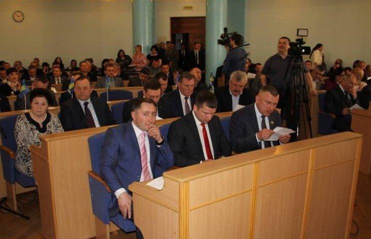 Вінницькі депутати пішли на перерву, не розглянувши жодного питання сесії