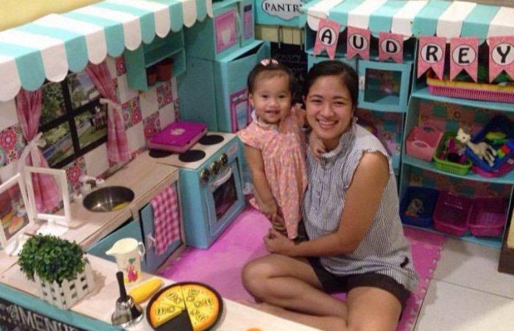 Как мама сделала удивительную мини-кухню для дочки из картонных коробок