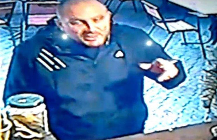 У Миколаєві чоловік обікрав учасника АТО на автовокзалі
